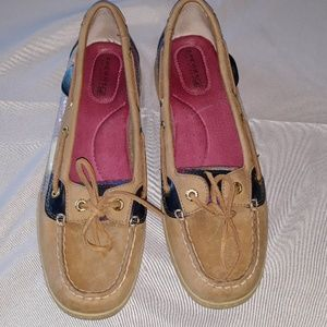 Womans size 8 sperry top-sider loafers